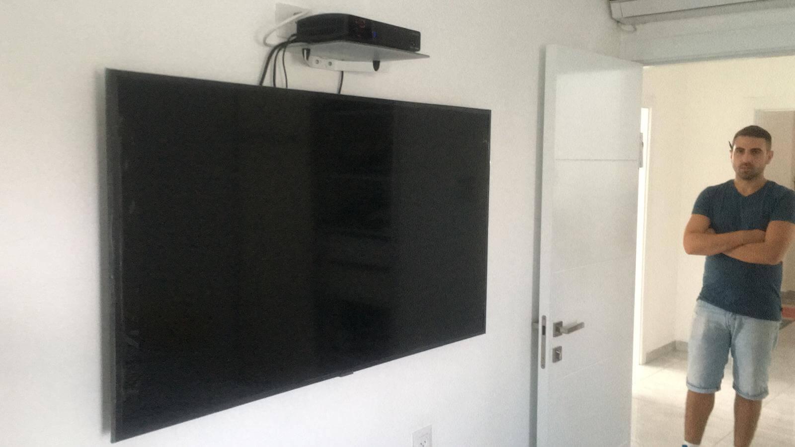 תמונת גלריה הגדול בהתקנות מתקין טלוויזיות מקצועי עם יחס אישי 15