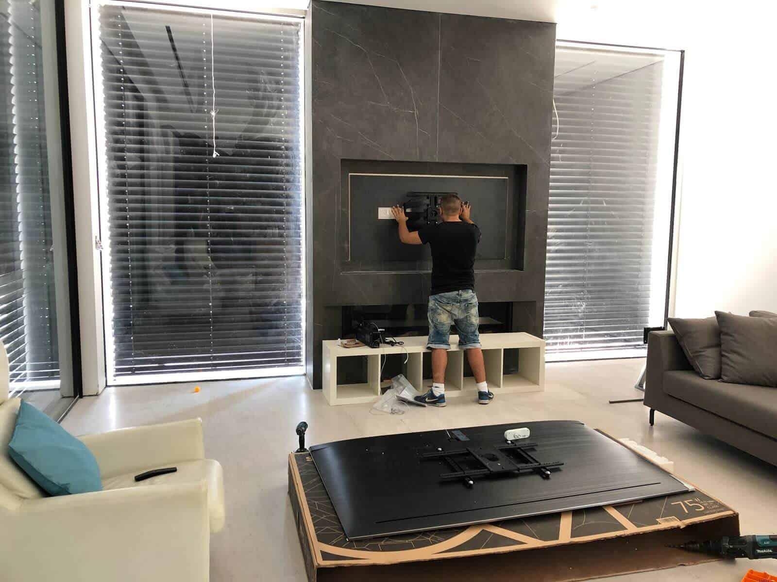 תמונת גלריה הגדול בהתקנות מתקין טלוויזיות מקצועי עם יחס אישי 21