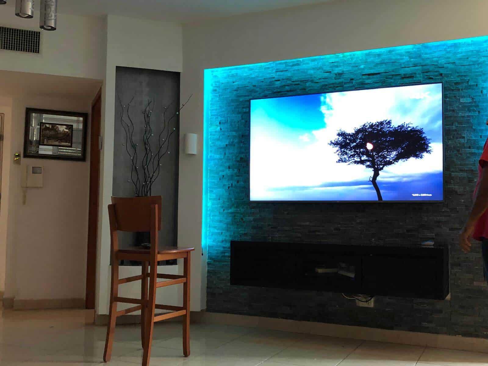 תמונת גלריה הגדול בהתקנות מתקין טלוויזיות מקצועי עם יחס אישי 54